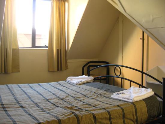 Base Backpackers Christchurch : Room 402, Base Backpackers, Christchurch.