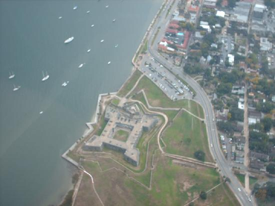 St. Augustine Ocean & Racquet Resort: Castillo De San Marcos