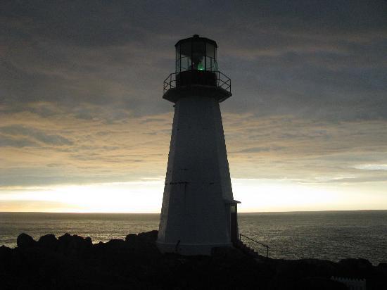 Quirpon Lighthouse Inn: Light House on Island