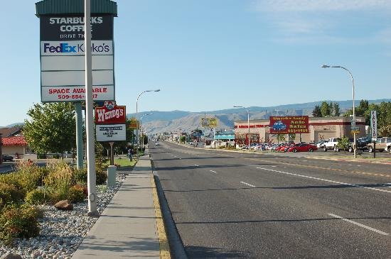 Holiday Inn Express Wenatchee: north wentachee ave