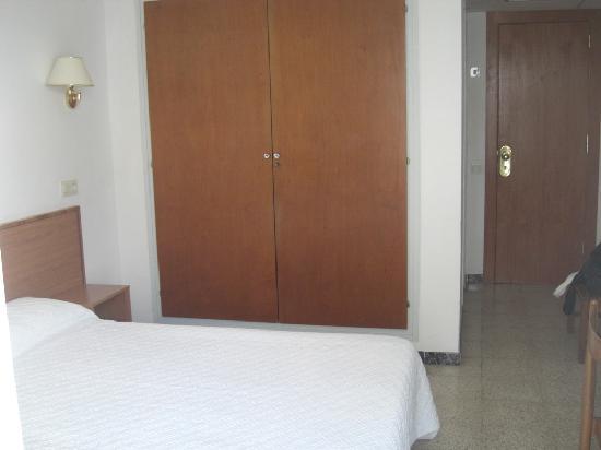 Hotel Simeon : Entrada a la habitación