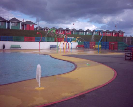 Park View Guest House Ltd.: Mablethorpe paddling pool.