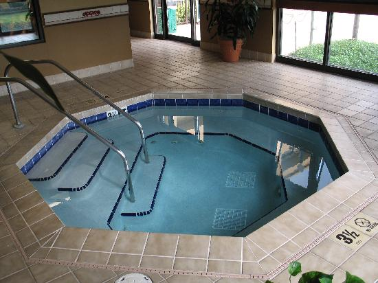 Indoor whirlpool rund  Indoor whirlpool - Picture of Courtyard Orlando International Drive ...