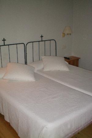 Hotel de La Font : Habitacion