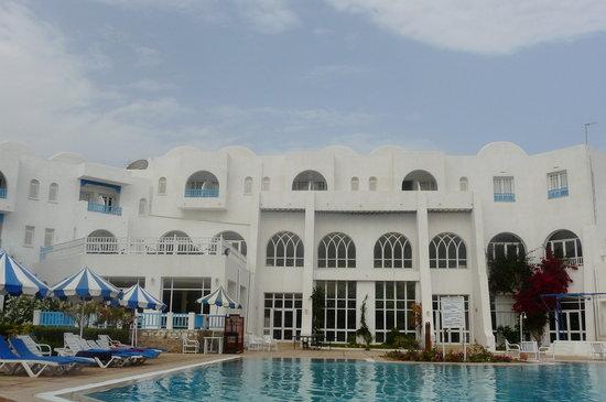 Hotel Abir : l'hôtel, face piscine