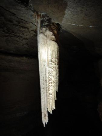 Doolin Cave : Doolin Stalactite Flash Off