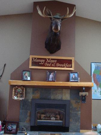 The Mangy Moose Bed & Breakfast: living room