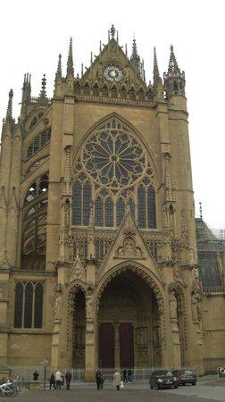 Hotel Première Classe Metz Est - Parc des Expositions : Metz Cathedral 1