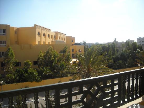 Hotel Almaz: 2 eme étage côté Rue