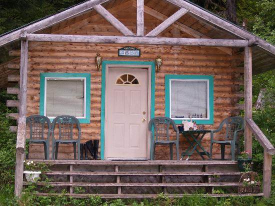 Allens Alaska Adventures: our comfy cabin