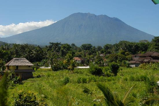 Sidemen, Indonesien: Mt Agung from balcony