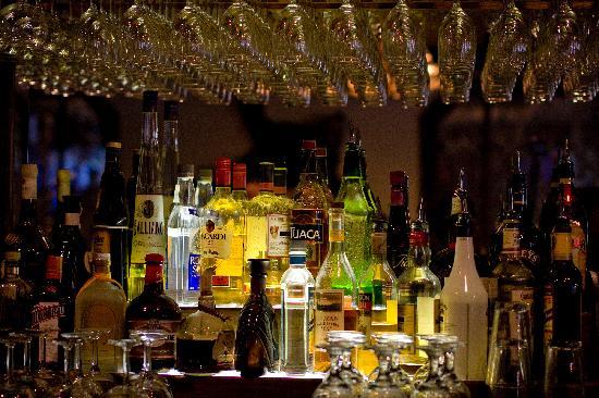Jackalope's Bar & Grill at Tenaya Lodge : Bar