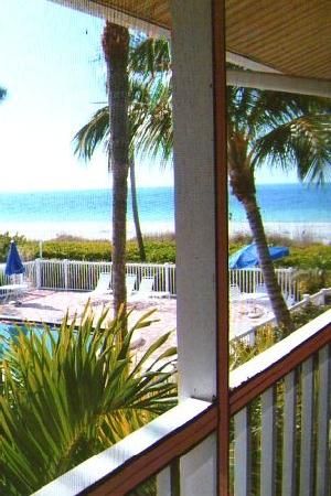 Silver Sands Gulf Beach Resort: View from the lanai