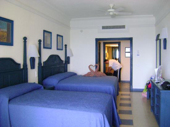 habitacion standar piso 12 obr zek za zen hotel riu