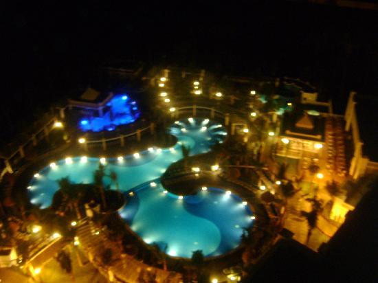 Albercas De Noche Picture Of Hotel Riu Emerald Bay Mazatlan Tripadvisor