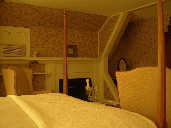Ashley Manor: Canterbury suite
