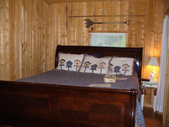 Cherokee Park Ranch: Hawk room