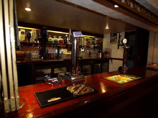 Hotel Avante: the bar