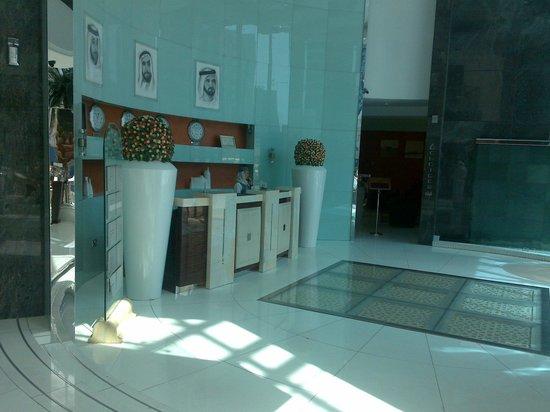 Copthorne Hotel Dubai : recebtion