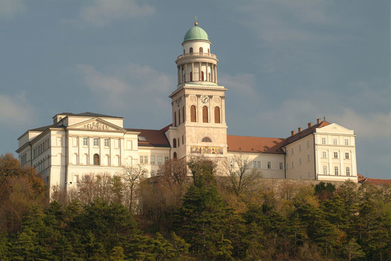 Pannonhalma, Abbey