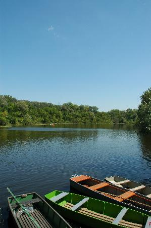 Lakitelek, المجر: Lakitlelek, Holt-Tisza, boats