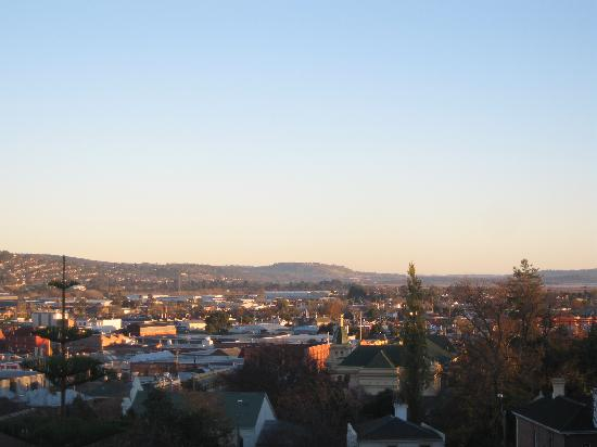 Adina Place City View Apartments: View of Launceston City from balcony