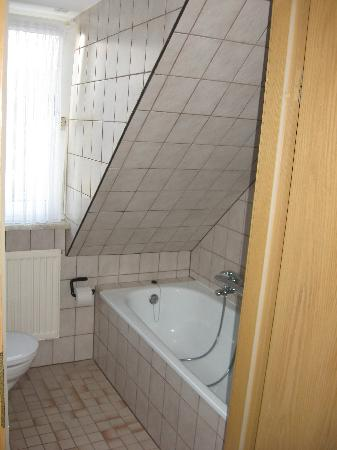Hotel Scholz: bathroom