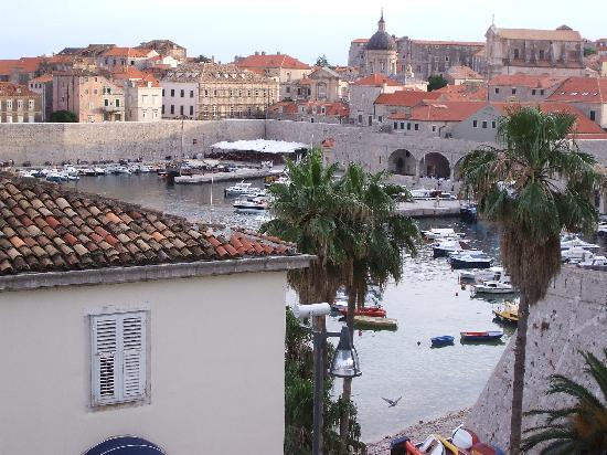 Dubrovnik Bed and Breakfast : view from our window