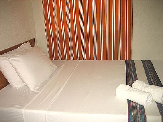 MR Holidays Hotel: Room/Bed