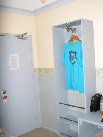 Hotel 59: Wardrobe