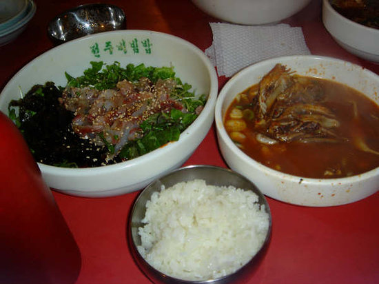 Photo of Restaurant Namdaemoon Hoetzip at 중구 남창동 32, Seoul, South Korea