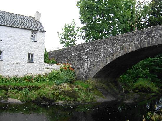 Kenmuir Arms Hotel: bridge at the kenmuir arms