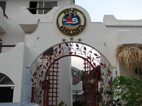 Hotel Posada Eden Costa : hotel entrance