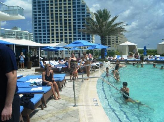 Hilton Fort Lauderdale Beach Resort Pool