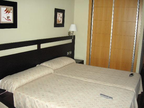 Hotel Bahia de Almunecar: cama