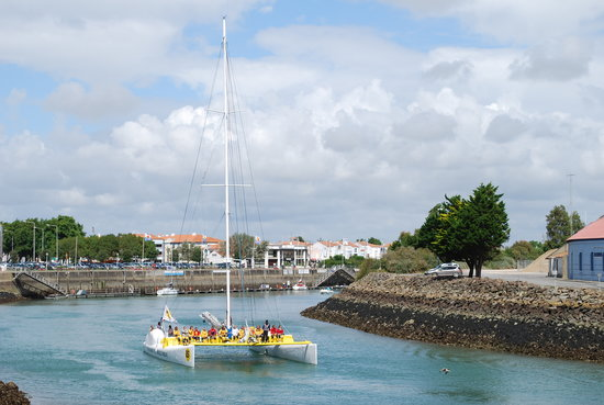 Les Sables-d'Olonne, Frankrike: A lazy day on the water