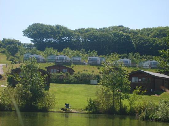 Parkdean - White Acres Holiday Park: fishing on jennys lake