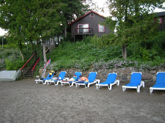 Normandie Beach Club: Lake front beach