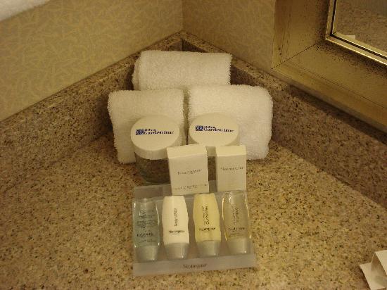 Hilton Garden Inn Minneapolis Downtown : Complimentary toiletries