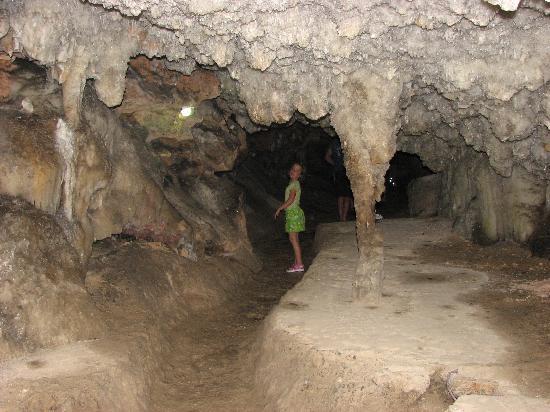 Cuevas de Bellamar: Very cool