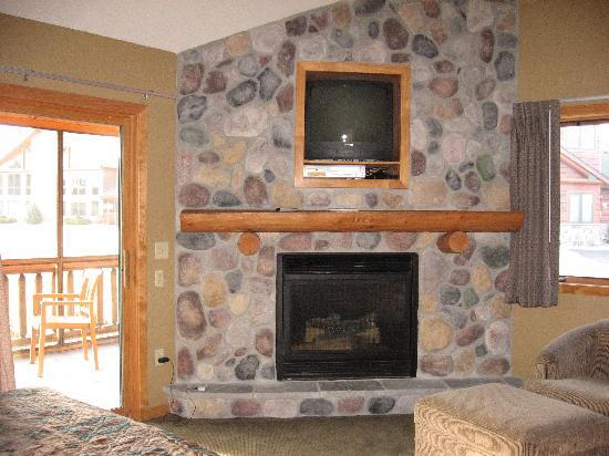 Wilderness Resort: Second fireplace in master bedroom