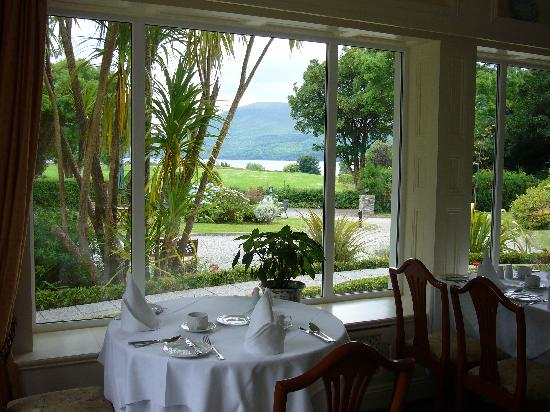 Loch Lein Country House : Dining room in the morning...