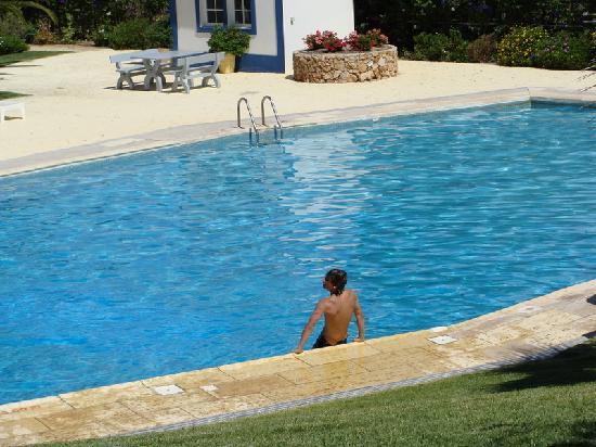 MouraGolf Village: piscina mouragolf