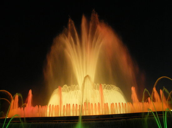 Βαρκελώνη, Ισπανία: la fontana magica