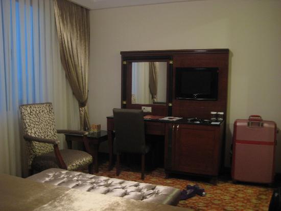 Atropat Hotel: Bedroom