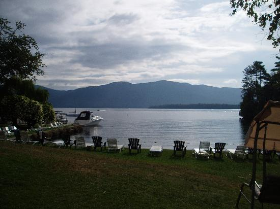 The Villas On Lake George: The lake in the evening