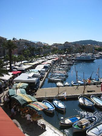 Sanary-sur-Mer, France : View over the harbour front with Market