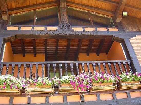 Kanpoeder: Craftsman house