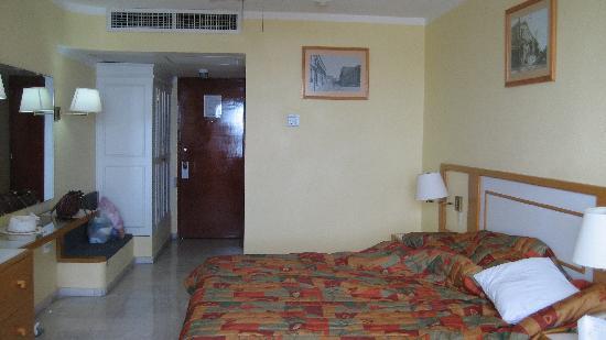 Aguamarina Hotel: cuarto