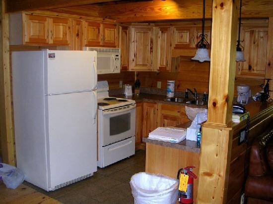 Gatlinburg Falls Resort: Kitchen